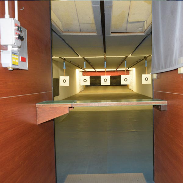T.S.N. Treviglio / Struttura / Poligono in galleria a mt. 10 o 25 per armi corte di grosso calibro con 5 linee automatizzate 2