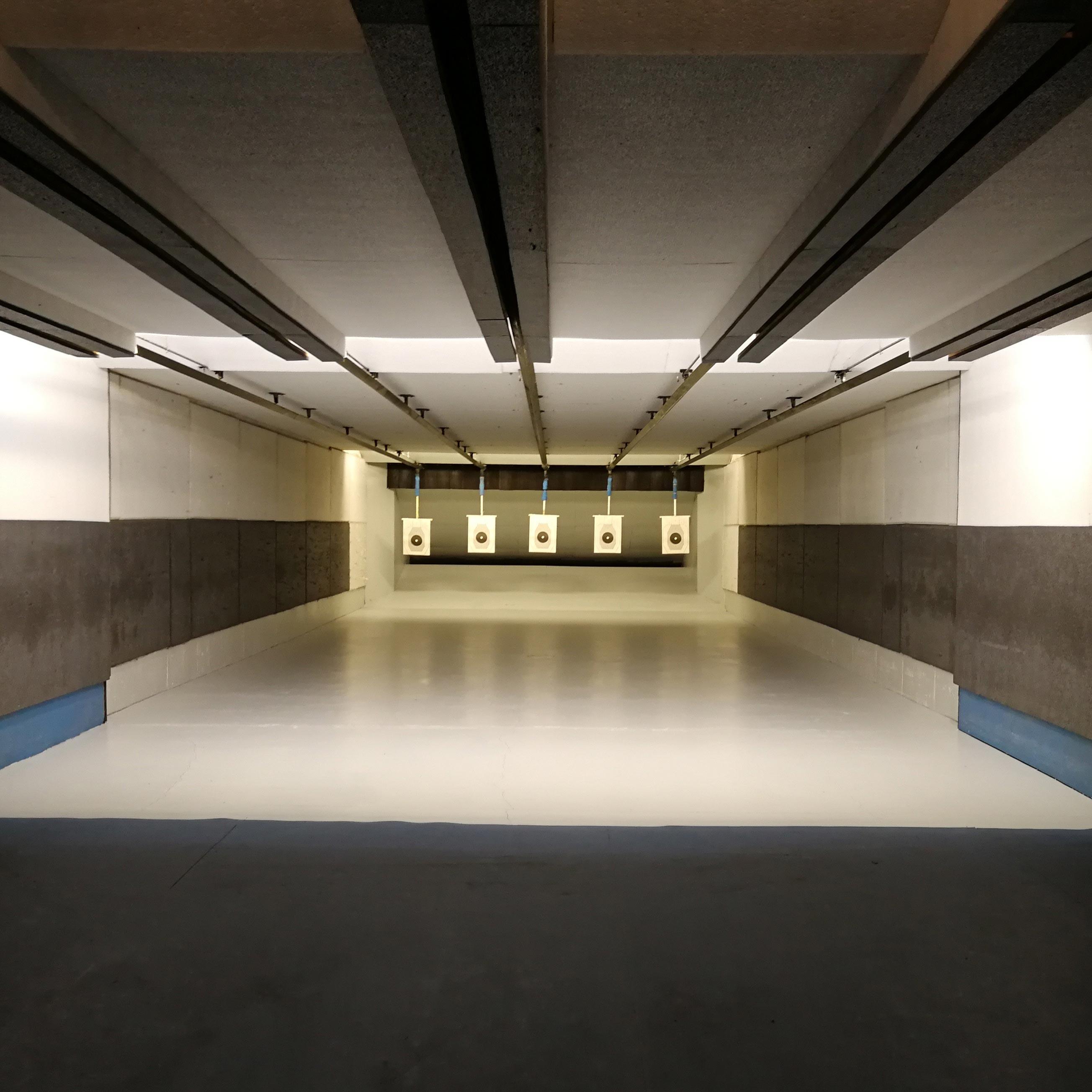 T.S.N. Treviglio / Struttura / Poligono in galleria a mt. 10 o 25 per armi corte di grosso calibro con 5 linee automatizzate 3